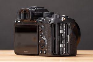 خرید دوربین SONY A7RIV